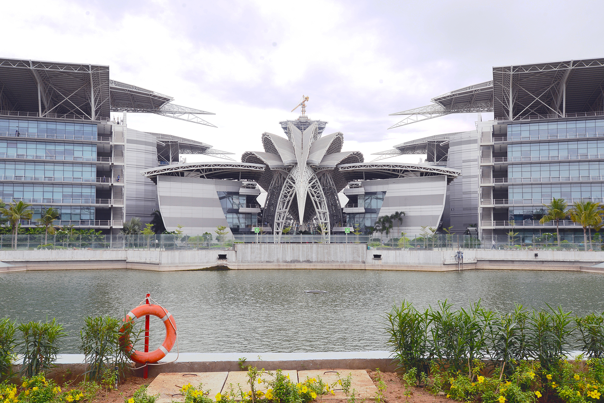 Campus in Siruseri low res