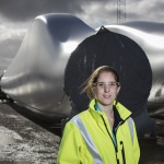 Siemens engineer Laura urges female candidates to follow her lead