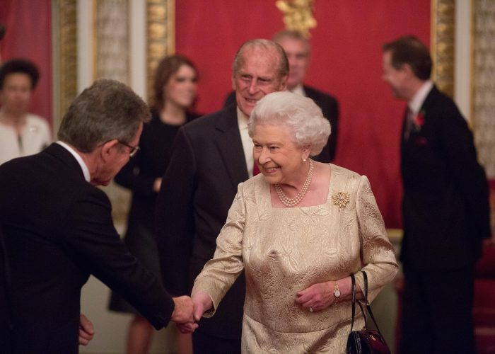 Lord Browne meets HM The Queen at the 2015 QEPrize Presentation