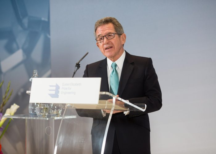 Lord Browne introduces Dr Robert Langer, 2015 QEPrize Presentation